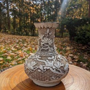 Vintage Ivory Dynasty Vase